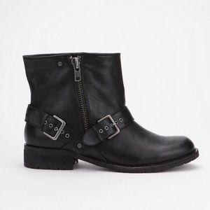 "Dolce Vita ""Simone"" Moto Ankle Boots In Black 9"